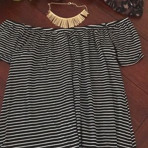 Socialite XS off shoulder striped blouse